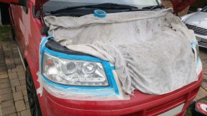 Volkswagen Transporter Camper Van cloudy headlight- Before