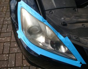 Lexus IS-250 cloudy/yellow headlight Surrey - Before