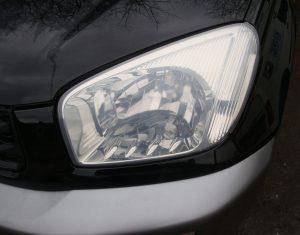 Toyota Rav-4 cloudy/yellow headlight Surrey - After